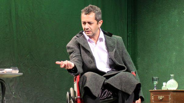 """Gonzalo Molina regresa al teatro con """"La última cinta"""" una obra virtual: """"Es como si el cuerpo resucitara"""""""