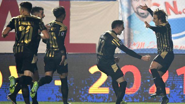 Peñarol parte con ventaja para el duelo de revancha contra Nacional.