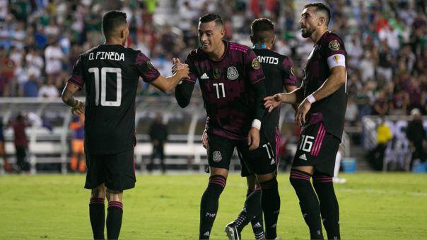 México venció 1-0 a El Salvador y terminó como líder del Grupo A de la Copa Oro