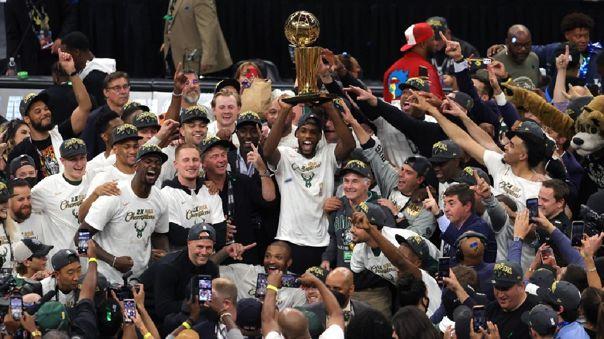 Milwaukee Bucks se consagró campeón de la NBA tras vencer a Phoenix Suns