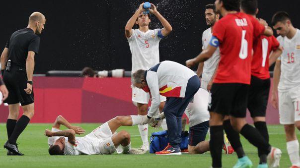 Dani Ceballos no pudo continuar el partido de España en Tokio 2020.