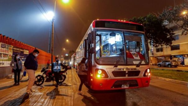 Buses brindarán servicio especial durante tercera jornada de la 'Vacunatón'.