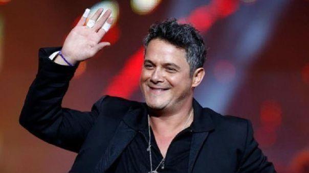 Alejandro Sanz se sumó al grupo de artistas que interpretó