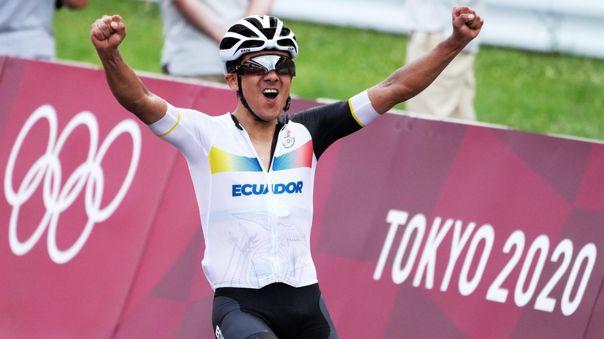 Todo Ecuador celebrado por lo hecho por Richard Carapaz.