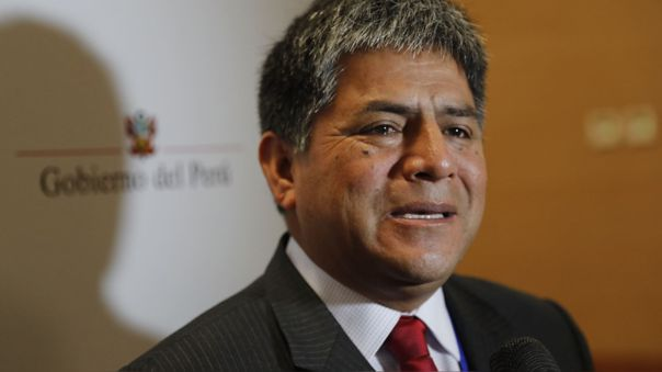 Gobernador regional de Ayacucho, Carlos Rúa Carbajal.