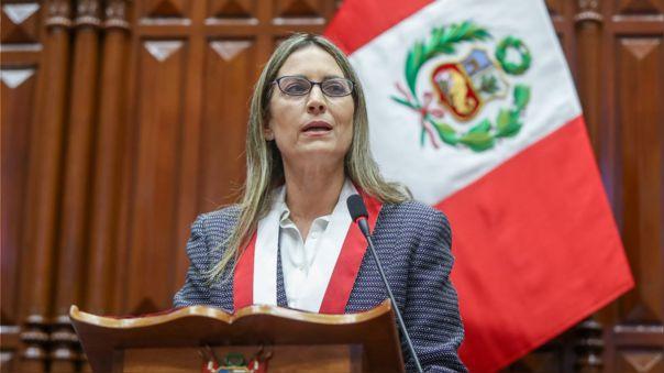 María del Carmen Alva-Mesa Directiva-Congreso