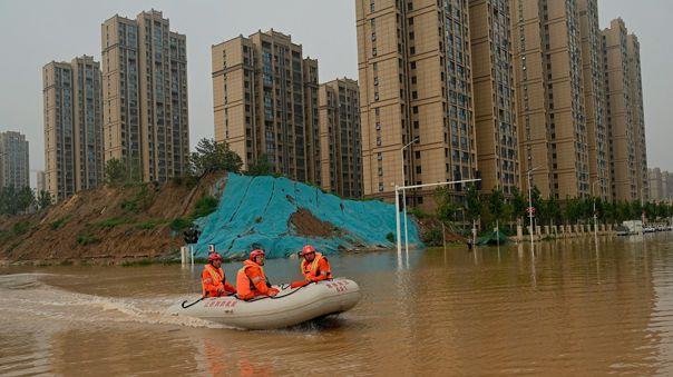 China sufre de inundaciones.