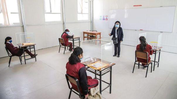 La norma señala las disposiciones para que se presten clases presenciales en instituciones de los ámbitos rurales y urbanos durante la pandemia.