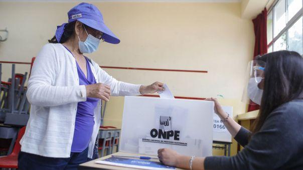 Unión Europea concluye que elecciones de Perú fueron