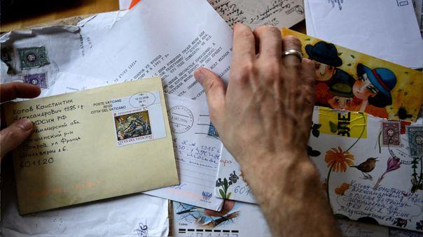 En las cárceles rusas, la hora del correo fortalece la resistencia de los presos