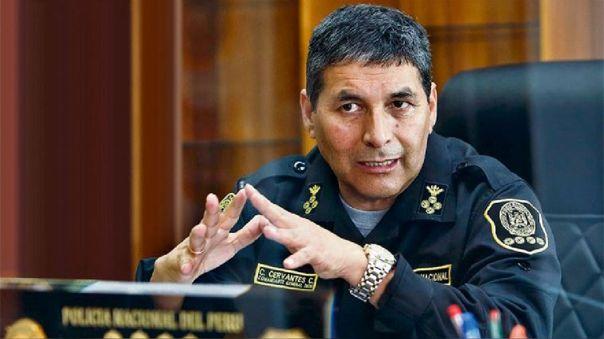 General César Cervantes, comandante general de la Policía Nacional del Perú (PNP).