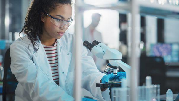 ¿Cómo fomentar una mayor participación de mujeres en ciencia y tecnología en el Perú?