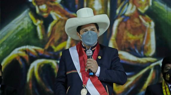 Pedro Castillo anuncia instalación de planta de producción de la Sputnik V.