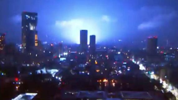 Luces de terremoto en México