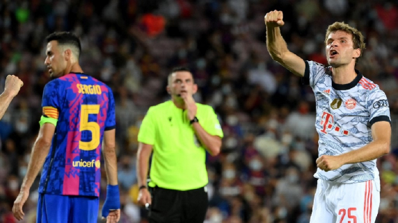 Bayern Múnich golea a Barcelona en el Camp Nou; Lewandowski marca un doblete