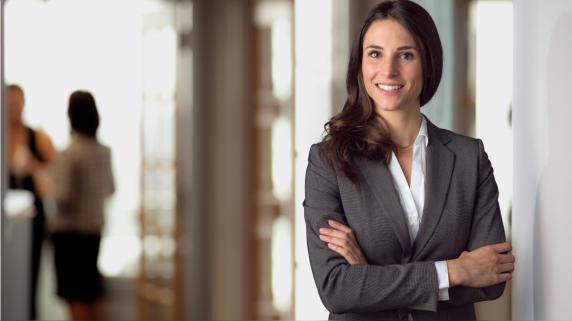 Liderazgo femenino: ¿Por qué las mujeres ocupan menos cargos directivos que los hombres?