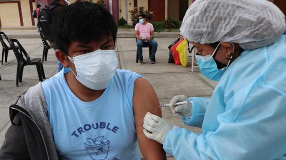 Vacunación a mayores de 18 años