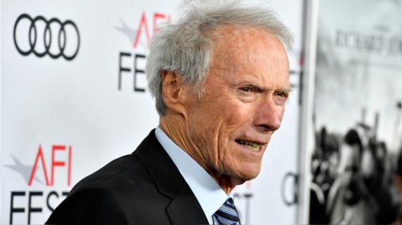 Clint Eastwood dirige a sus más de 90 años su nuevo proyecto