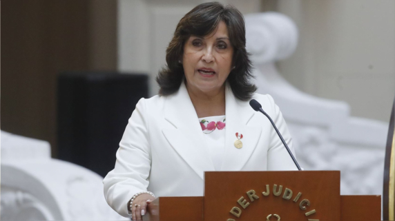 Dina Boluarte confirma que Consejo de Ministros trató tema del cadáver de Abimael Guzmán.