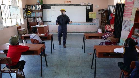 Dos de cada tres menores siguen sin acudir de manera presencial a clases