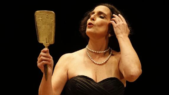 Norma Martínez. Teatro Británico. Días Felices.