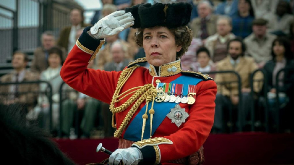 Emmy 2021. Olivia Colman. The Crown. COVID-19. Netflix.