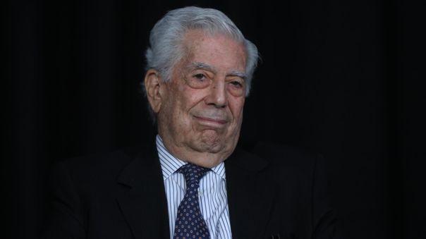Mario Vargas Llosa estuvo en México para presentar la serie
