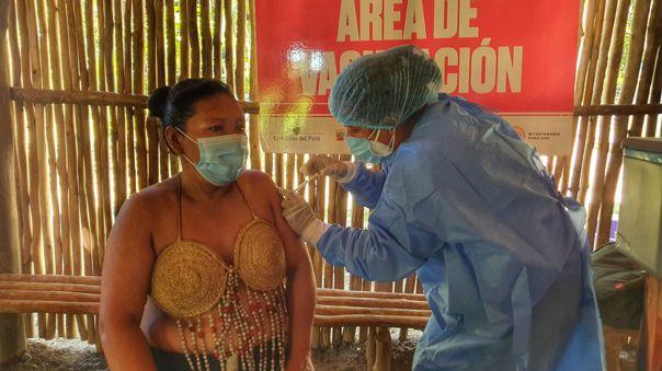 Vacunación contra la COVID-19