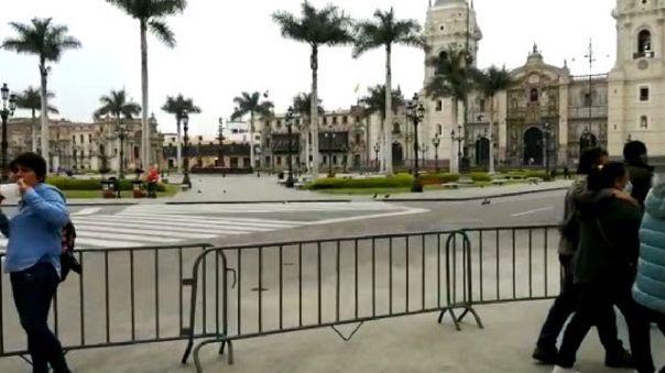 Cierre de Plaza de Armas perjudica a comerciantes.