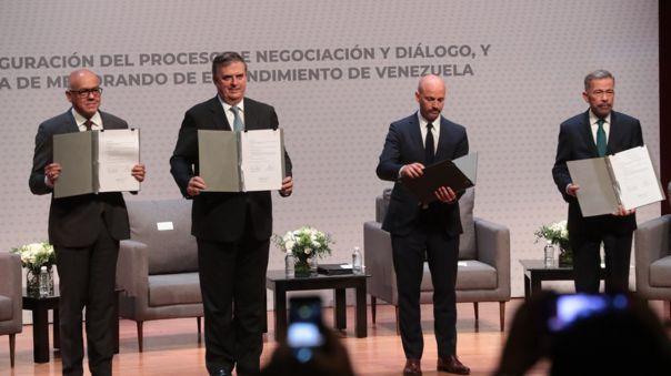 Aplazado inicio de nueva ronda de diálogo entre gobierno y oposición de Venezuela