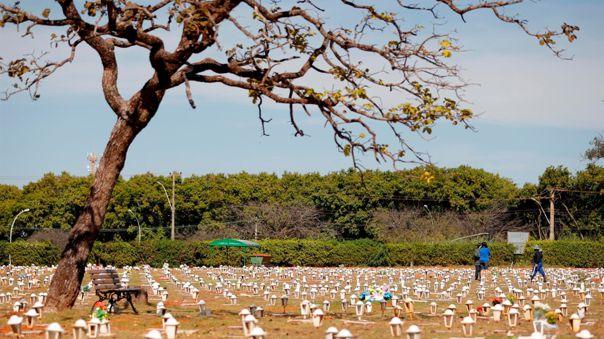 Brasil supera las 593 000 muertes por COVID-19.
