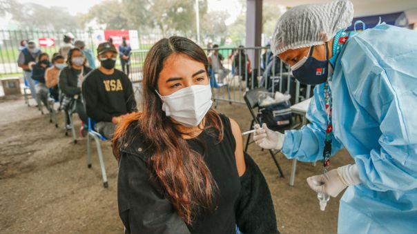 Más de 150 mil personas acudirán por su segunda dosis este fin de semana en Lima y Callao