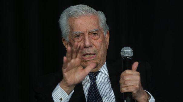 Mario Vargas Llosa será condecorado por el Gobierno de Ecuador