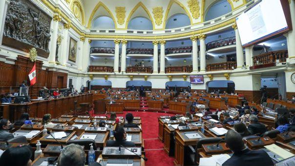 La moción de censura fue preparada durante el debate tras la interpelación al ministro.