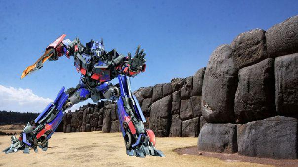 Transformers. Cusco. Sacsayhuamán