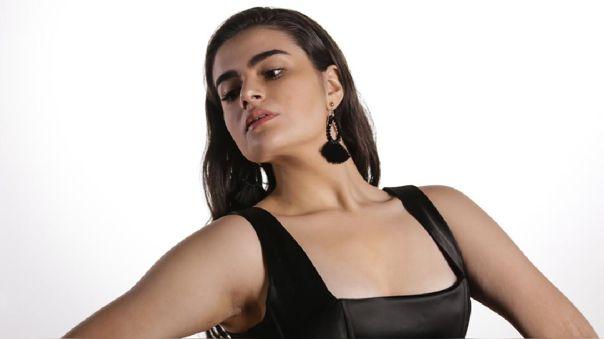 Tamara Saith lanza