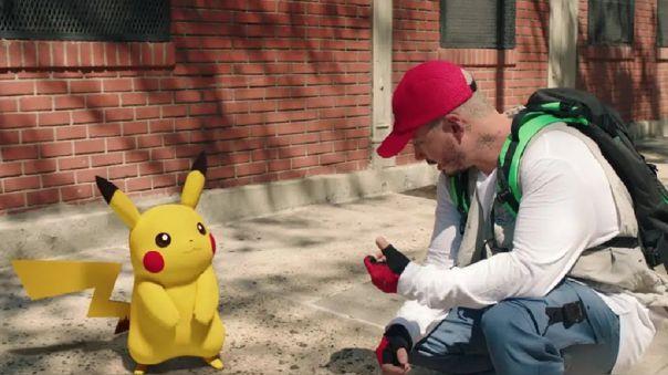 """J Balvin lanza \""""Ten cuidado\"""", tema para celebrar los 25 años de Pokémon"""