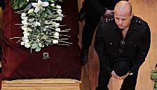 Rey Misterio: Su tristeza en el funeral del Hijo del Perro Aguayo