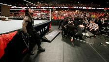 WWE: Roman Reigns y Big Show regalaron una pelea épica en Extreme Rules