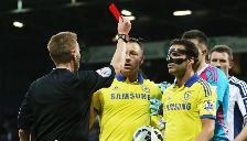 Premier League: Cesc Fabregas sufrió insólita expulsión con el Chelsea