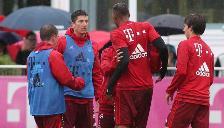 Bayern Munich: Jerome Boateng y Robert Lewandowski se pelean en entrenamiento