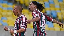 Ronaldinho debutó en el Fluminense con una victoria ante Gremio