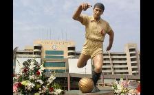 Universitario: Lolo Fernández entre los deportistas más icónicos con estatuas
