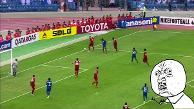 YouTube: pensó que la pelota había salido y cometió este penal insólito