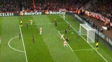 YouTube: Manuel Neuer y su increíble atajada en el Bayern Munich vs. Arsenal