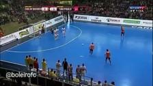 YouTube: el tiro libro más ingenioso del año se dio en el futsal