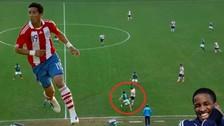 YouTube: Lucas Barrios fue humillado en el fútbol brasileño