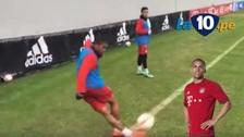 YouTube: Douglas Costa anotó golazo de rabona desde el córner
