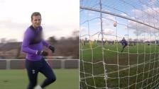 Video: Harry Kane anotó un golazo en el entrenamiento y lo festejó a lo grande