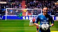 Keylor Navas se lució con una impresionante atajada ante Atlético de Madrid